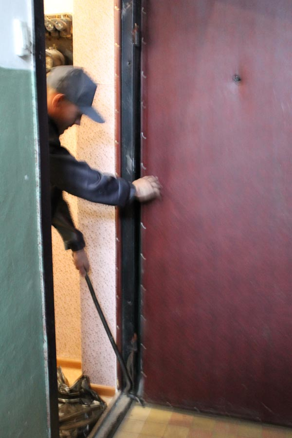 двери входные металлические демонтаж