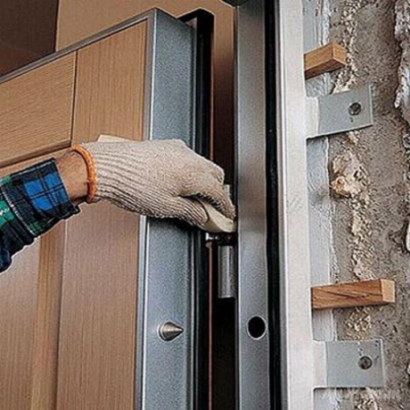 технология монтажа входной металлической двери